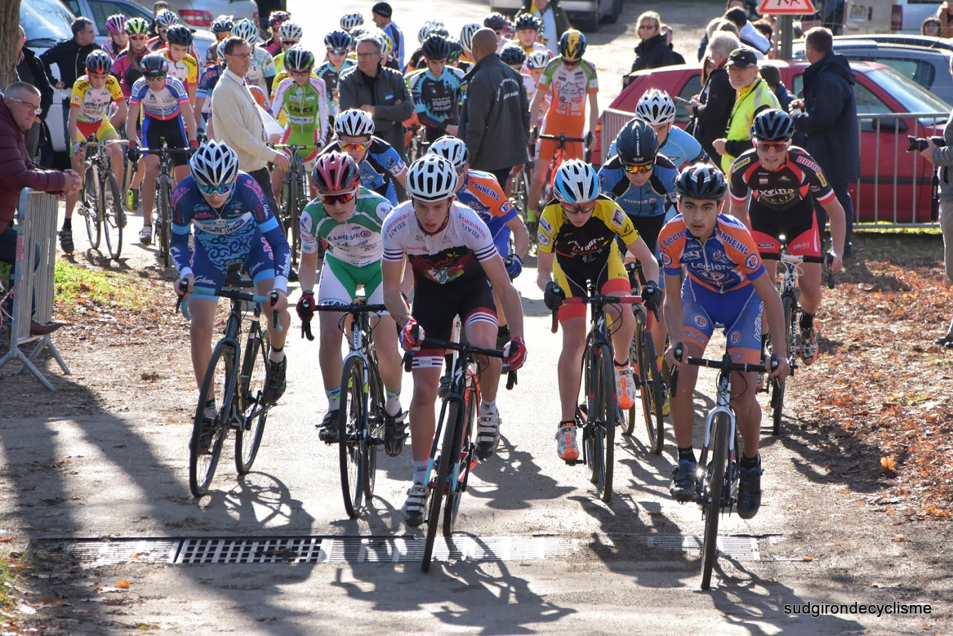 Championnat d'aquitaine cyclo cross cadets juniors dames 2016 005